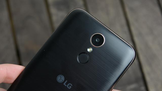 LG K10 2017 aparat