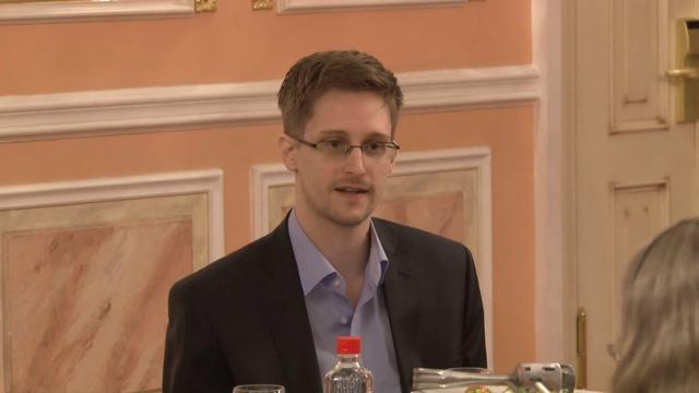 Snowdenowi azylu udzieliła Rosja