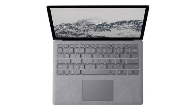 laptop surface od góry