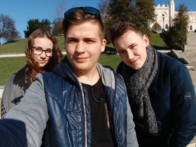 Zwykły aparat - selfie